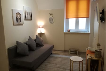 Grazioso bi locale centralissimo Casa Mirka - Apartamento
