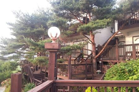안면도 스파시설 및 수영장이 있는 예쁜집 - Casa de camp