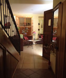 Bella! 3 bedroom, extra guess, pays - Grecia - House