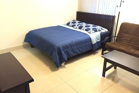 Fabulous Condo in Tumon(C)!!! - Apartment