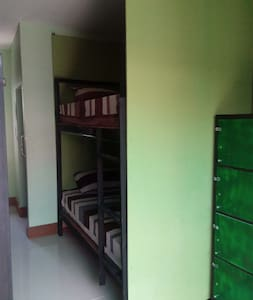 Mixed Air/Con dorm room (max 6 people) - Ko Lipe - Dorm