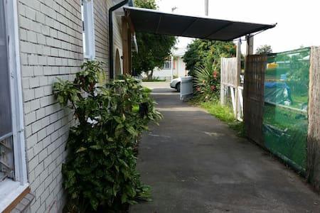 Gisborne long weekend - Te Hapara - Haus