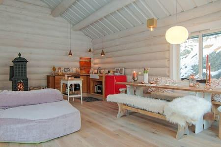 5*The Log Cabin B&B near Stockholm.Spa,Sea,Forest! - Inap sarapan