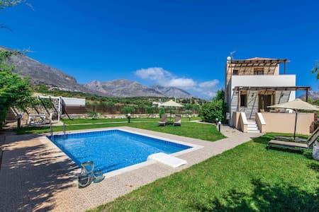Gasparakis villas Erato Two Bedroom Villa - Lefkogeia - Villa