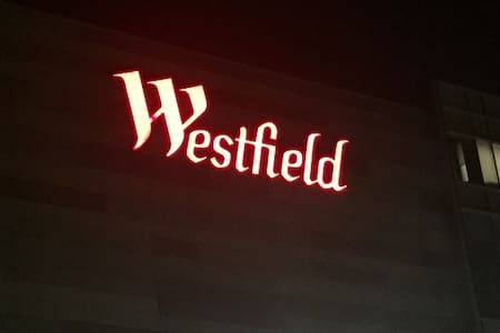 Westfield Luxury Studio Apartment 2 - London - Lejlighed