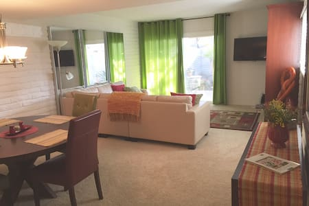 Charming Coronado condo - 아파트(콘도미니엄)