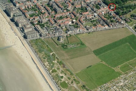 Fietslogies Villa Louis Oostende (18p) - Oostende - Rumah