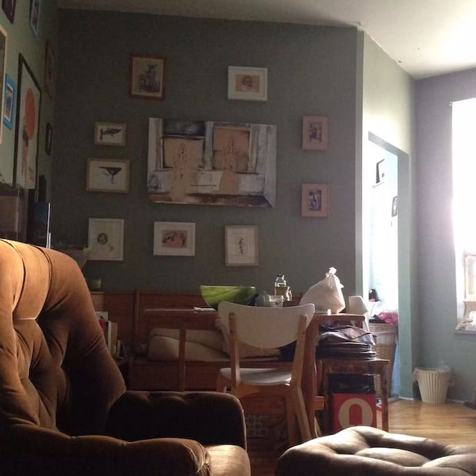 Dining room/ living room.  Wifi, satellite cable tv with Netflix.