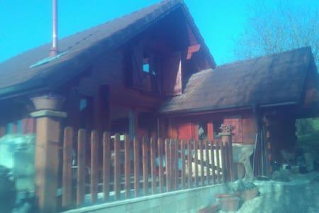 Chalet rustique indépendant - Chalet