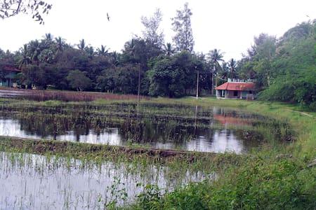 Tranquille Lakeshore Apartment - Puducherry