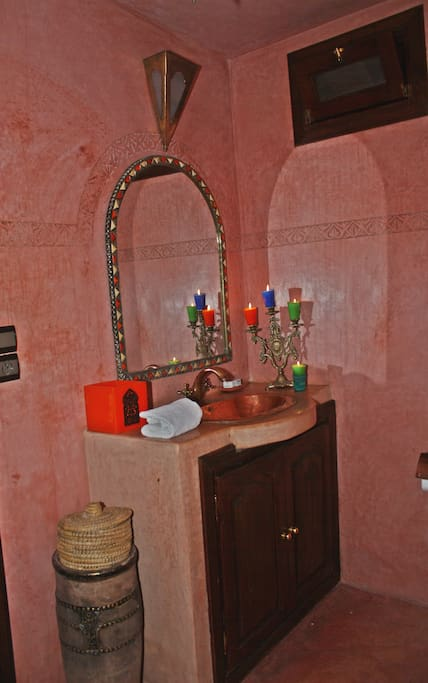 Double Room Ensuite In The Medina.