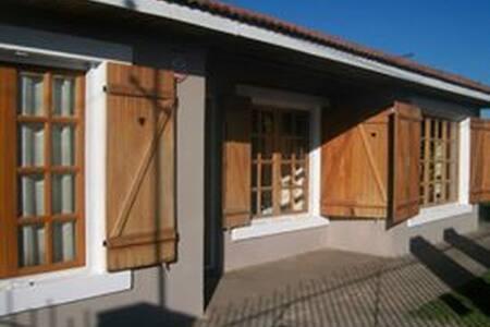 Casa amplia en Miramar para 7 personas - Miramar - Hus