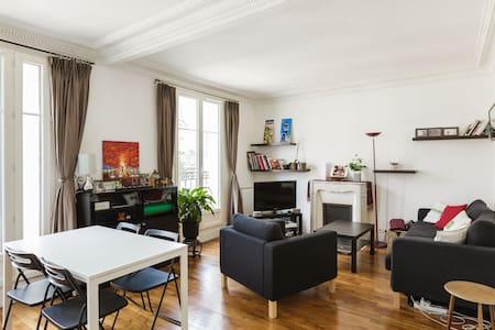 Beautiful flat in Montmartre