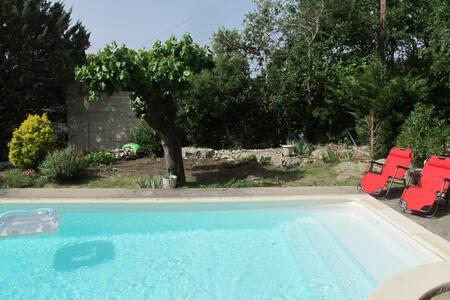 Coeur des gorges de l Ardèche RUOMS