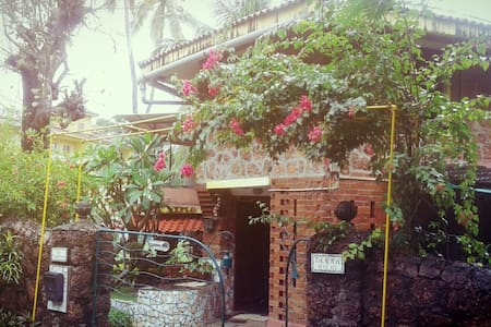 Goa Homestay - Bed & Breakfast