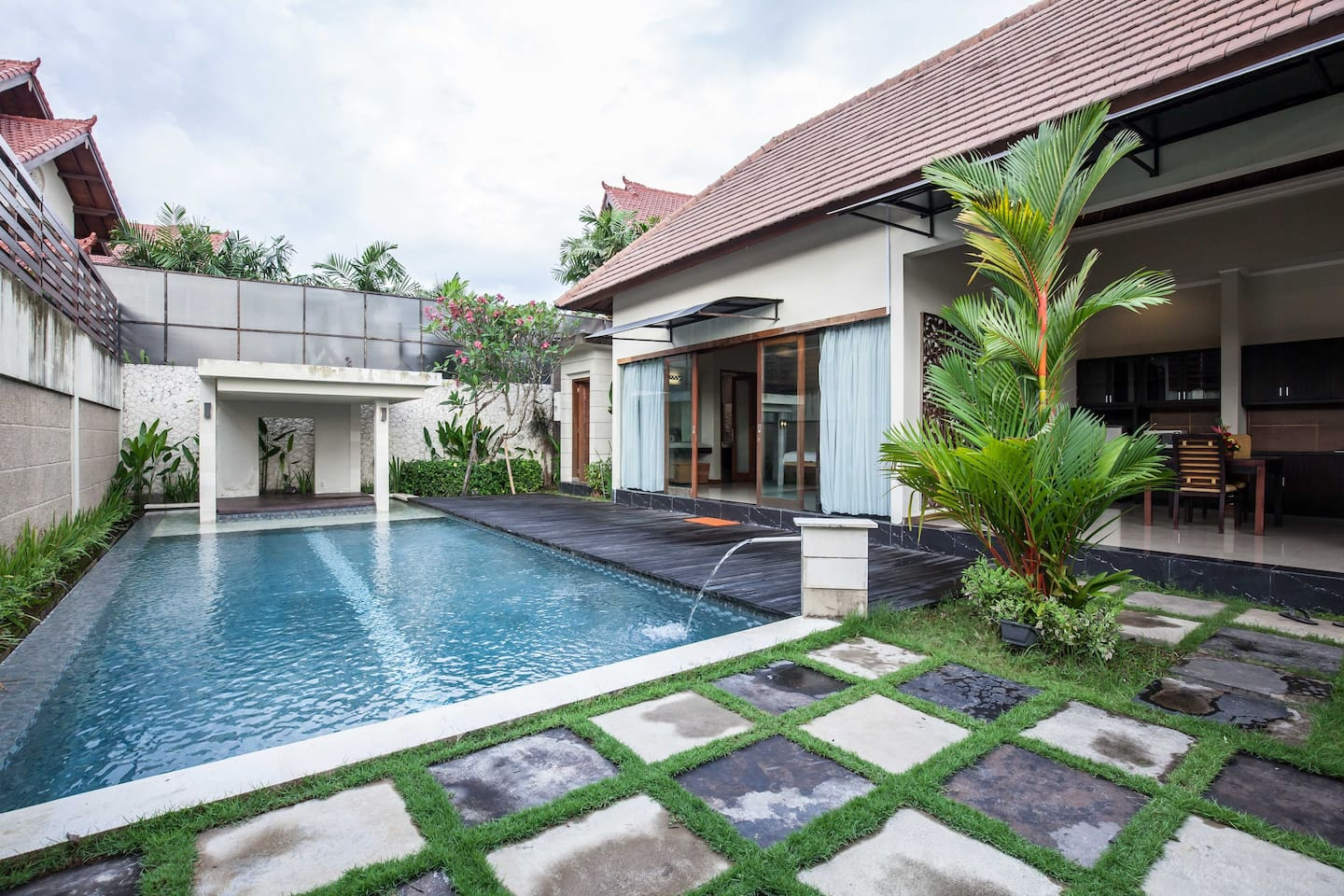 One Bedroom Deluxe Private pool