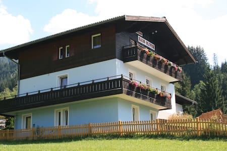 Alpine Apartment Oliver 1 - Lakás