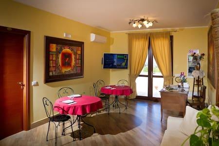 Al Cantuccio bed and breakfast  - Castelluzzo