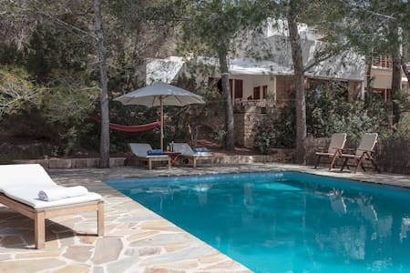 Relaxing country house nearby Ibiza  ET-0671-E - Huvila