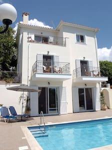 Holiday Villa in Kefalonia Greece - Cephalonia Prefecture - Villa