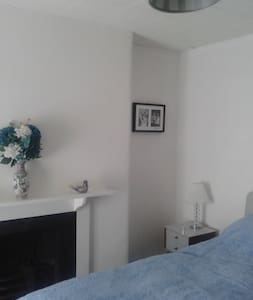 Double room in great location - Torquay - Casa