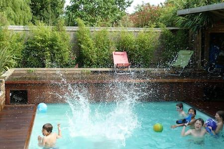 Caen, maison avec piscine Normandie - House