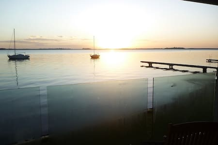 Cedar Cottage B&B on Lake Macquarie - Bed & Breakfast