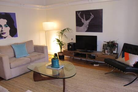Amazing central apartment room - Elizabeth Bay - Apartment