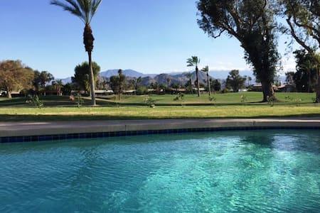 Palm Springs Golf Course Villa - starts @$99 p.n. - Palm Desert