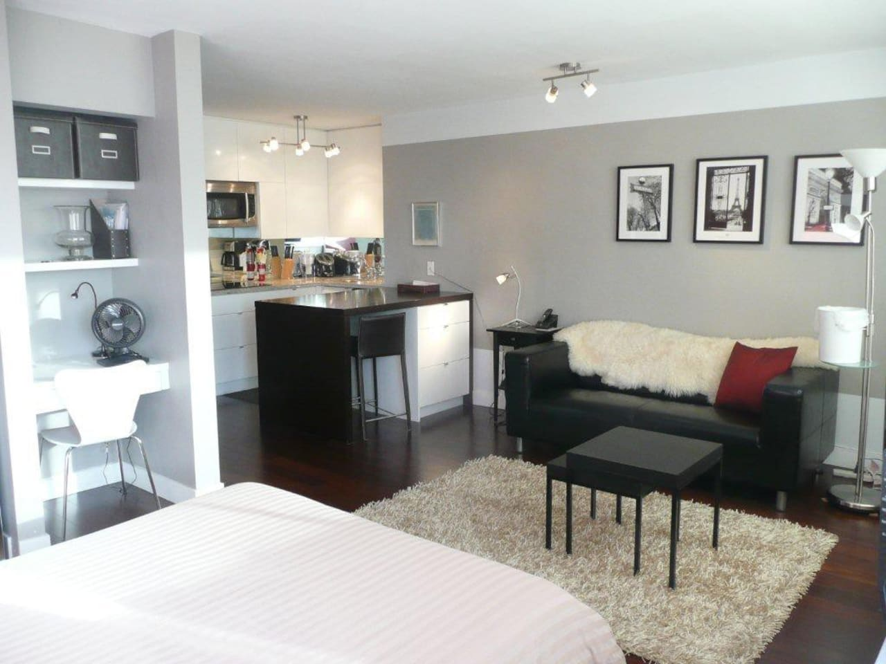 Compact suite has high end finishes and modern decor, and is equipped with everything you need!