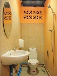 Double room, shared bathroom N3 - Ko Phangan - Haus