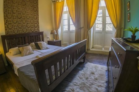 Berat Backpackers - Bed & Breakfast