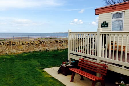 Seton Sands, Seaview!  BOOK EARLY FOR 2017! - House