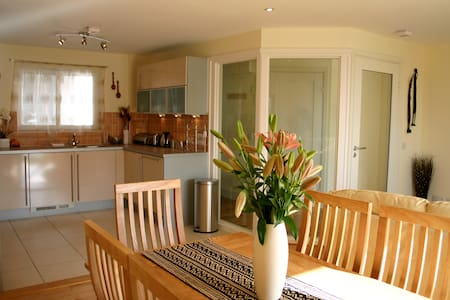Stunning Holiday Apt. 5min Walk to Beach - Polzeath