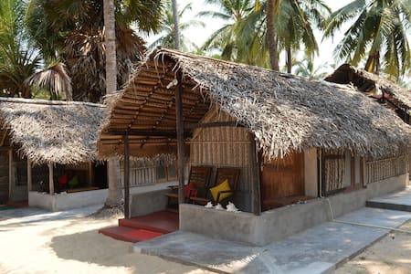 Kite Beach Villas Kalpitiya 2 Perso - Puttalam - Hut