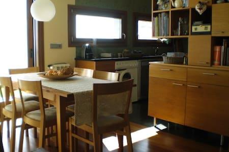 Casa familiar com ótima vista - Casa