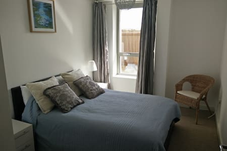 Dble bedroom, Zon2,10m London Brige