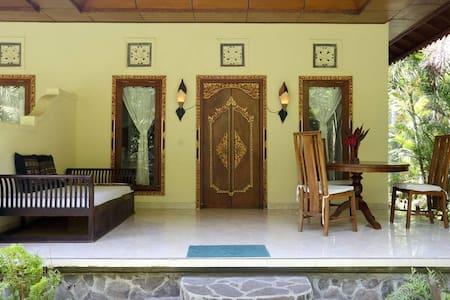 Aditya 2 North Bali Getaway Villa - Tejakula - Huvila