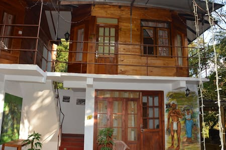 white house Guest house - Nuwara Elija