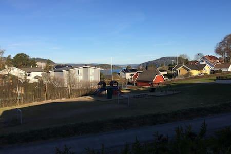 Leilighet nær strand i Drøbak - Drøbak - Wohnung