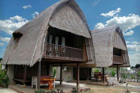 #3 Beach view! Balinese Wooden Hut - Lembongan - Hütte