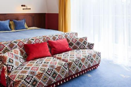 Grape hotel***** Aconcagua - Breslau