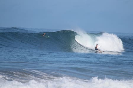 Tranquilo Joe's Surf Camp: The Guest House - Guesthouse