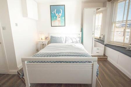 Central Luxury Seafront Studio - Brighton - Appartamento