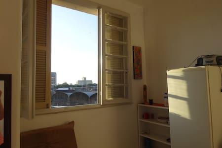Studio in a Central Neighborhood - Wohnung