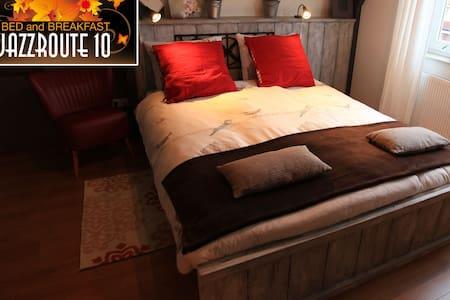 Guestroom B&B Jazzroute 10 - Middelbourg - Bed & Breakfast