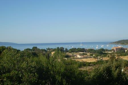 Superbe vue sur le golfe de Sagone - Coggia