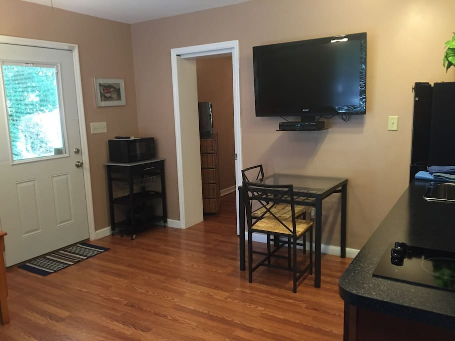 One Bedroom Efficiency Near Uf Apartments For Rent In Gainesville