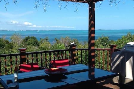 A Taste of Bali & Spectacular Views - Hope Town