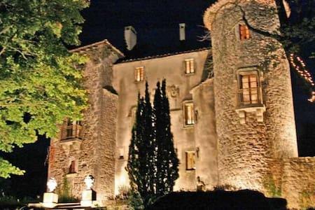 Le Château du Cros - Şato